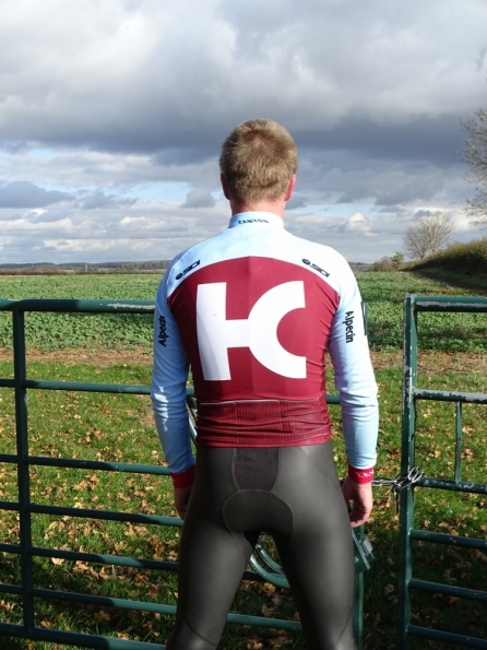 Wetsuit cycling