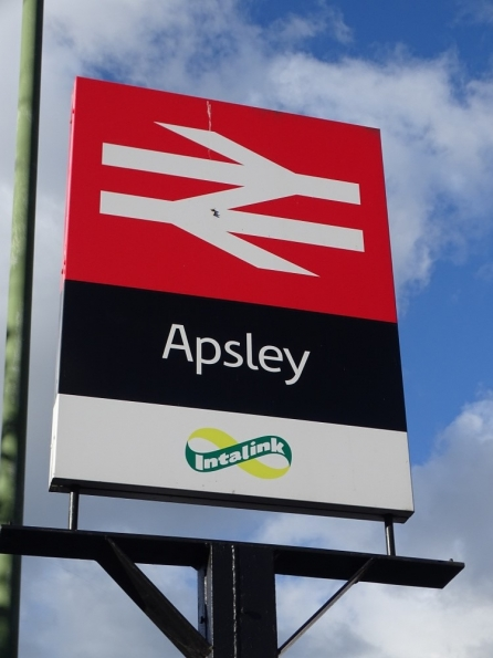 Apsley railway station