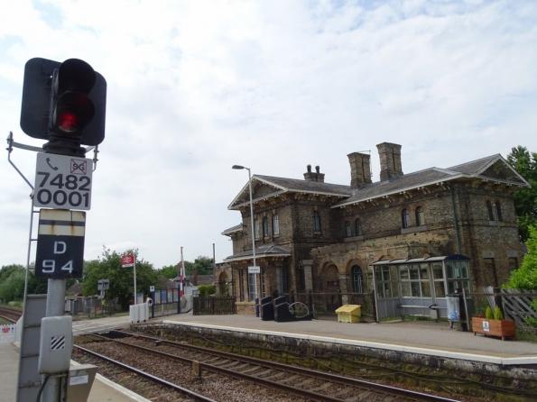 Collingham railway station