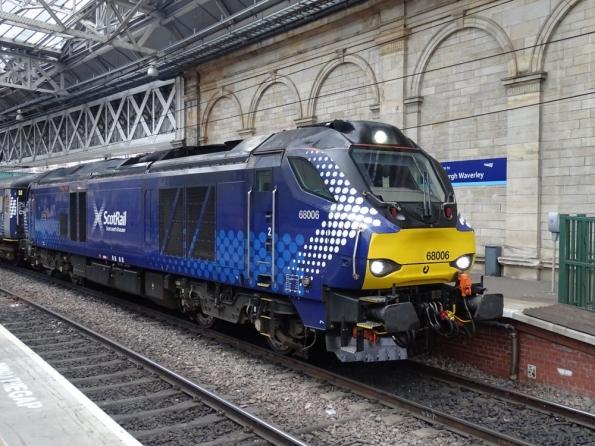 Class 68 at Edinburgh Waverley railway station