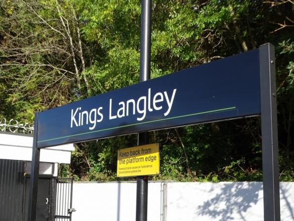 Kings Langley railway station