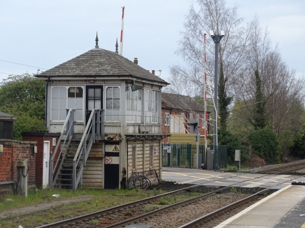 Newark Castle railway station