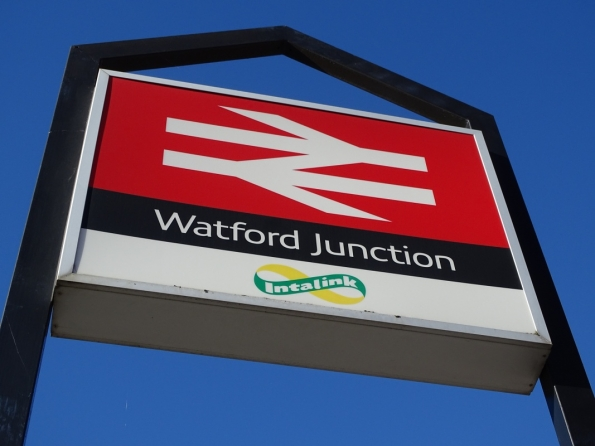 Watford Junction railway station