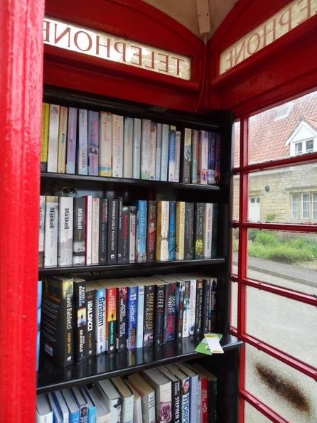Red telephone box at Irnham