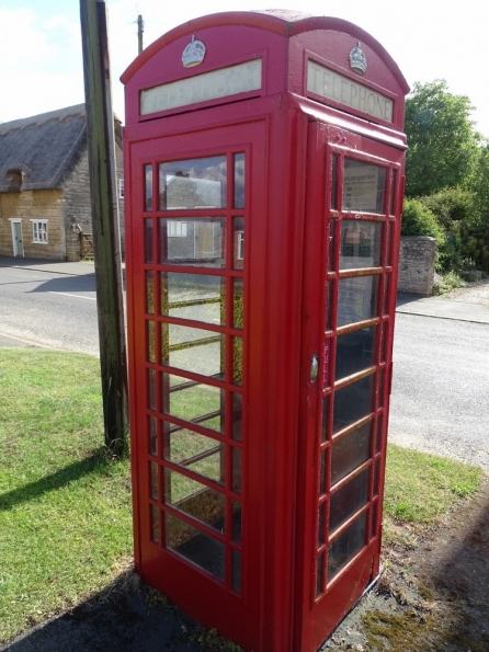Red telephone box at West Deeping